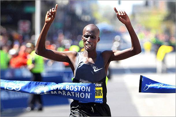 John Tlumacki The Boston Globe 2012 Marathon