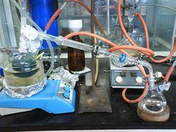 640px-Distillation_of_dry_and_oxygen-free_toluene